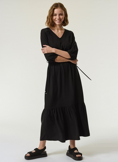 NGSTYLE NGSTYLE Kadın Bel Büzgü Detaylı Şık Rahat Elbise Siyah